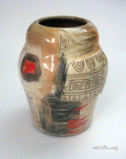 Керамична ваза след изпичане