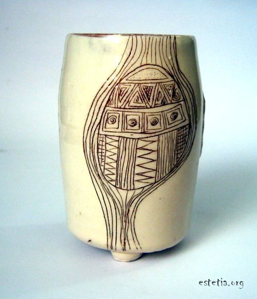 ваза - глинен материал