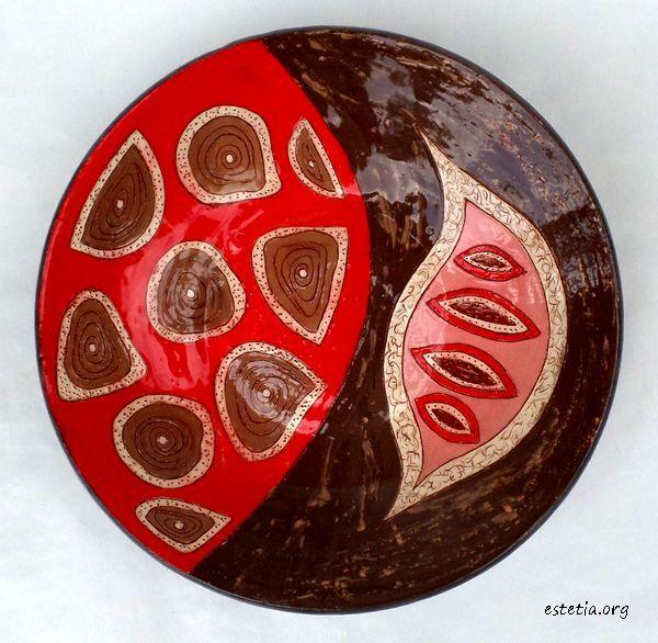 керамична чиния - декориране на дома