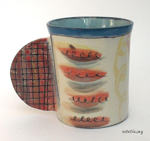 художествена чаша с оригинална дръжка