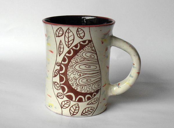 ръчно рисувана чаша за кафе и чай