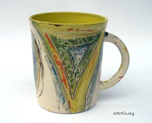 колоритна художествена чаша