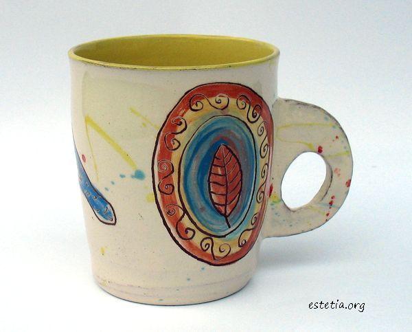чаша с плоска дръжка